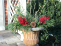 diy-christmas-planters-easy-outdoor-christmas-planters