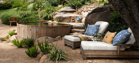 aca_june2016_relaxingbackyard