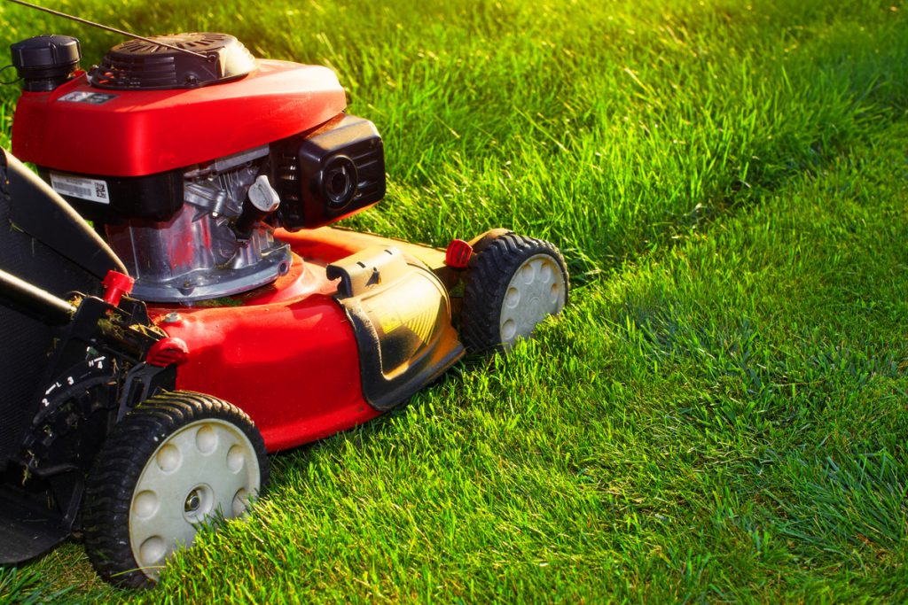 How To Keep Your Lawnmower Running Strong